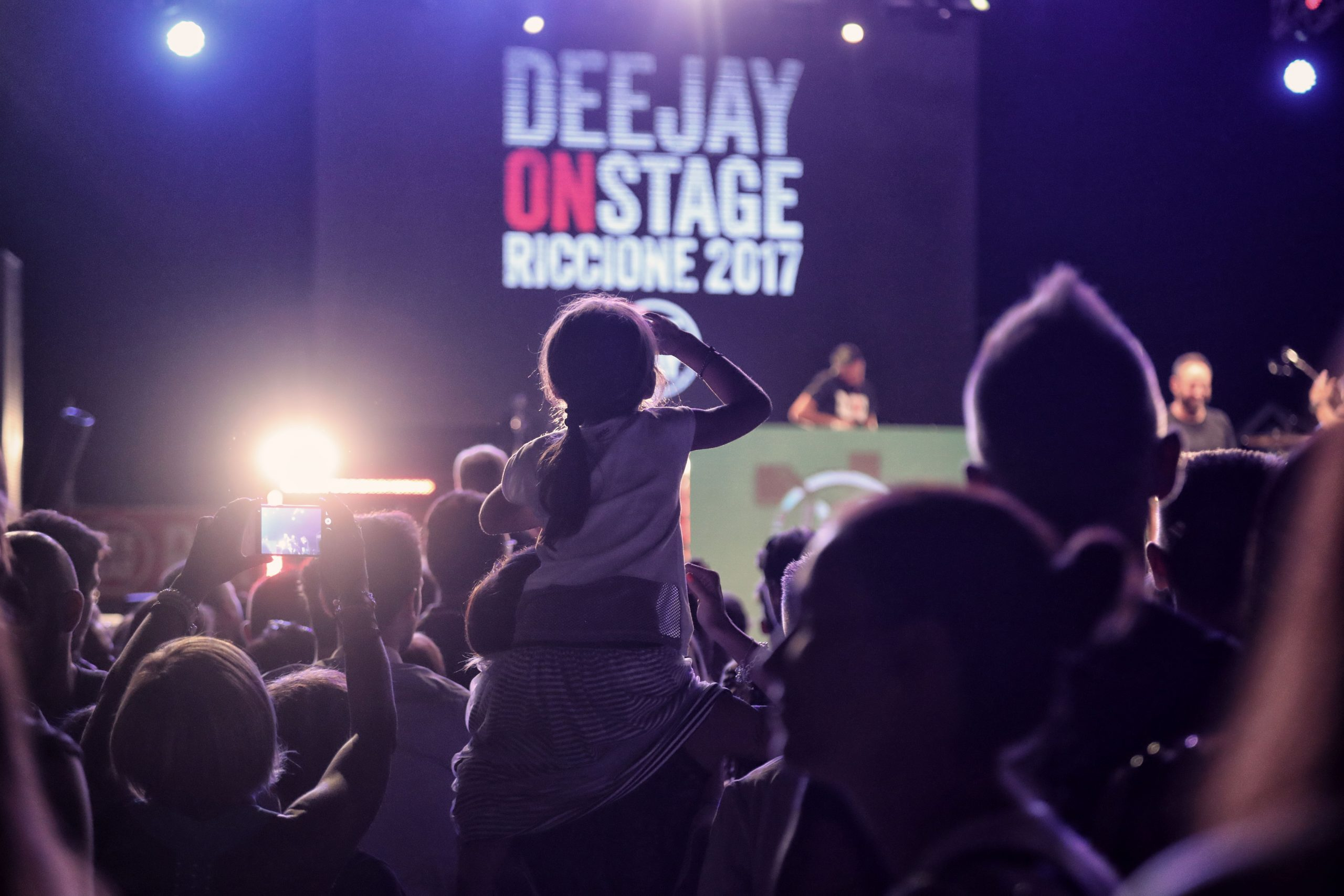 Deehay on stage