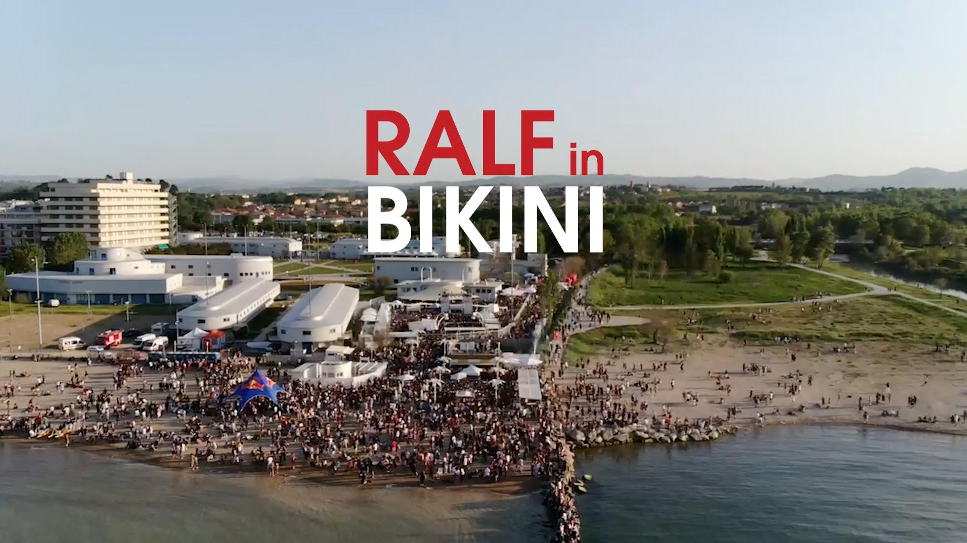 Ralf in bikini